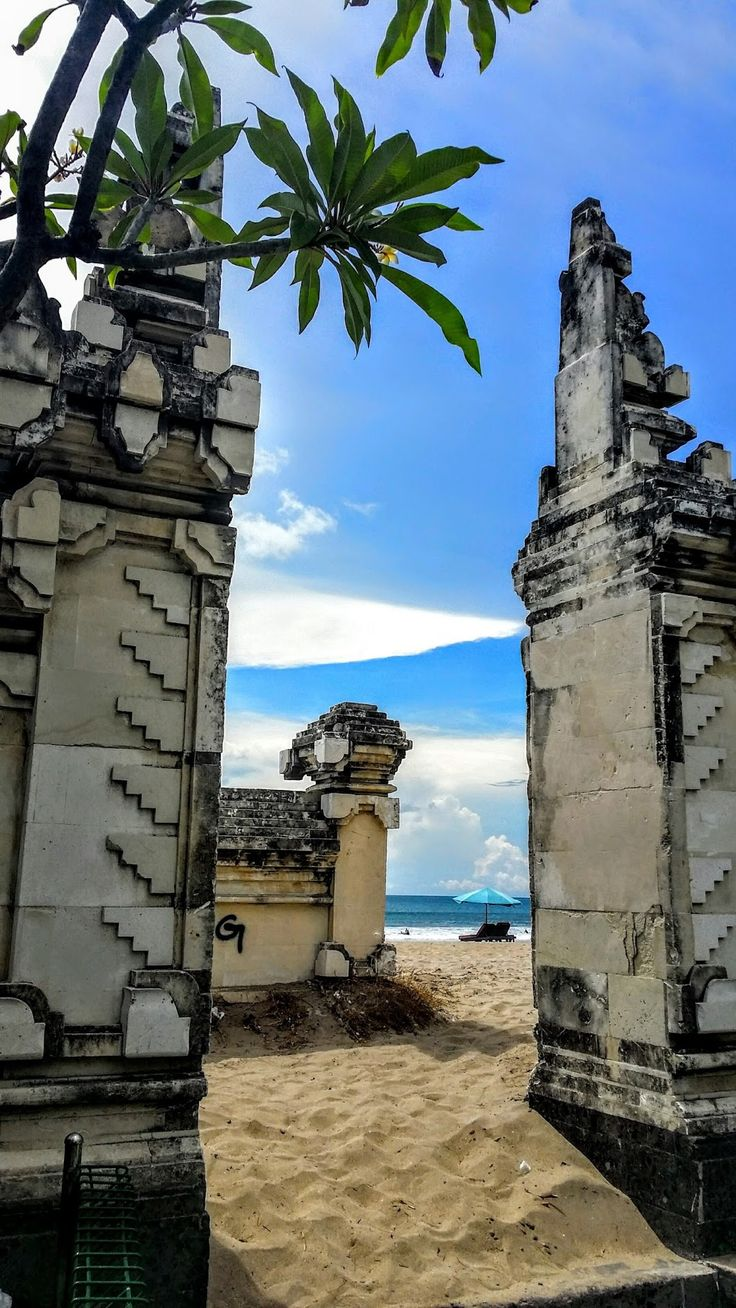 The gate to Kuta Beach #Kuta #bali