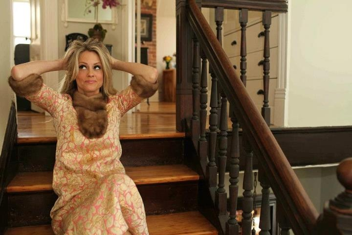 16 best images about nicole curtis on pinterest for What does nicole curtis house look like