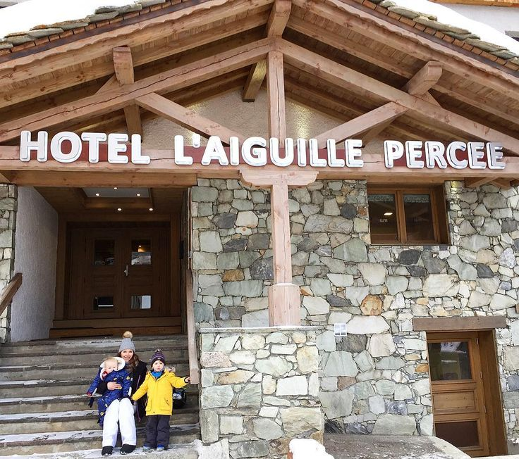 It's nearly a week since we got back from our amazing ski trip with @mwholidays where we stayed in the beautiful Hotel L'Aiguille Percée in Tignes. If you're planning a ski holiday with your little ones I can definitely recommend this stunning chalet hotel- it's got the perfect balance of quality hotel and cosiness and friendly feel of a chalet. And I can honestly say I've never stayed anywhere with such friendly and personable staff as the Aiguille Percée. On a side note I'm just starting…