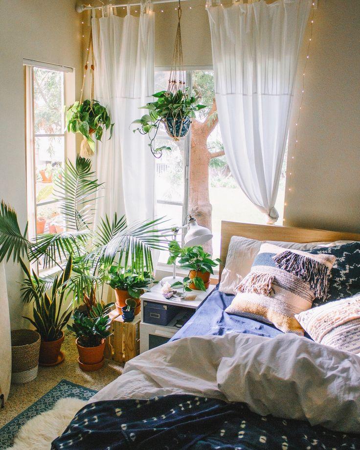 +bedroom // greenery and batik