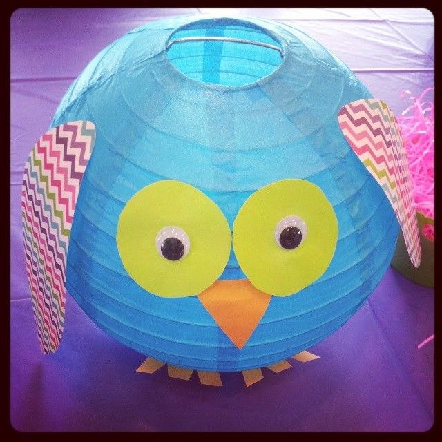 Last weekend we were at a 1yr olds birthday party today admiring the adorable decorations:) #babygirl #1yrold #happybirthday #party #birthday #adorable #decorations #crafty #craft #paper #lantern #owl #creative #cute #picoftheday #potd #Foxygen
