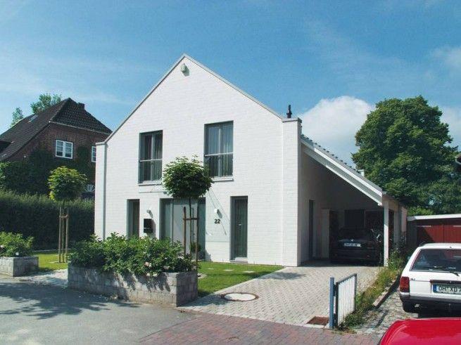 Hausansicht kundenhaus familie becker architektenhaus for Architektenhaus satteldach modern