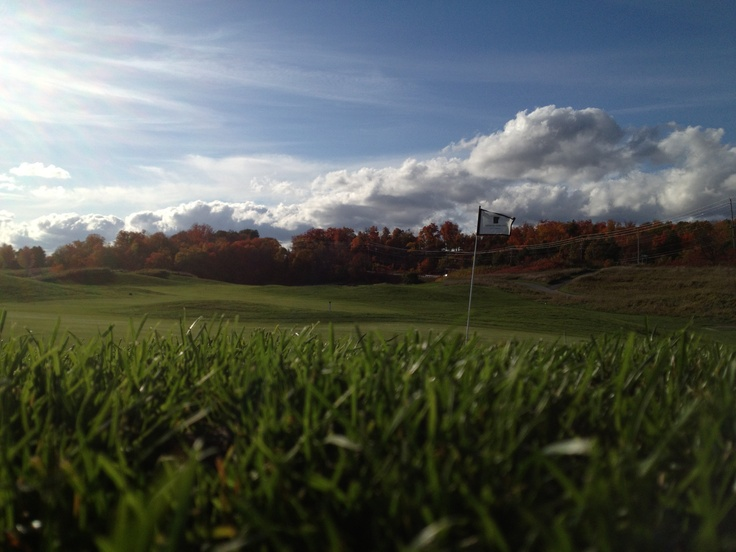 Beautiful golf day in the fall