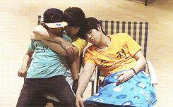 Jihoon Seungcheol and Samuel  Jihoon: no, you can't leave!