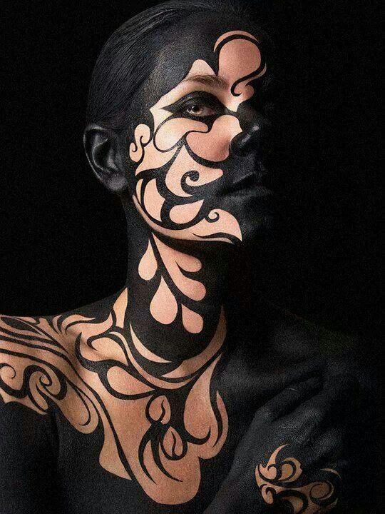 Amazing body paint