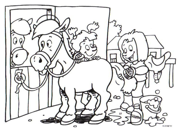 kleurplaten paarden boerderij