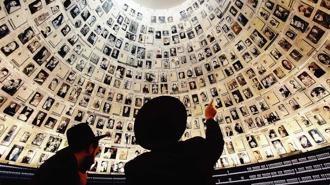 """Parla lo storico Bensoussan, che sostiene che """"Non si può insegnare   la Shoah ai bambini"""" (La Stampa, gennaio 2013)"""