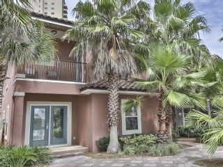 Sandy+Toes+-+Private+Pool+W/+Tiki+Bar!+No+Roads+to+Cross!+Book+Now!Vacation Rental in Miramar Beach from @homeaway! #vacation #rental #travel #homeaway