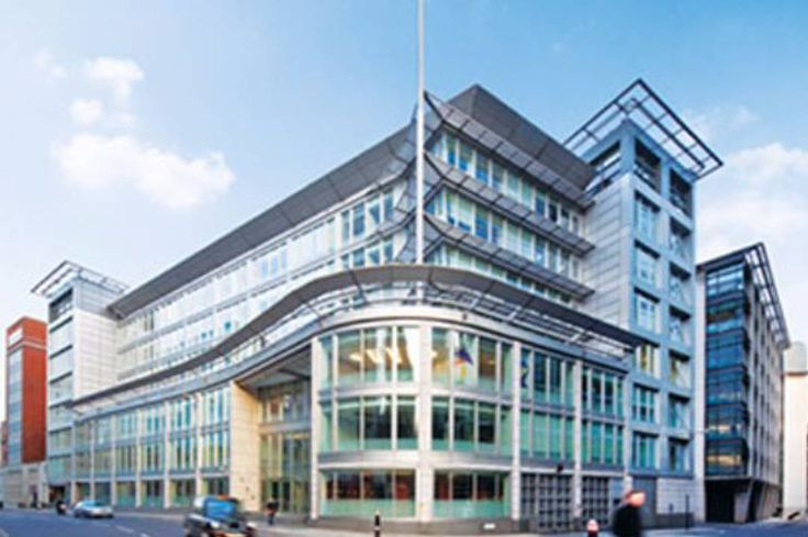 UBS Asset Management (UBS-AM) announces it has sold 1 New Fetter Lane in London EC4 to a private Middle Eastern investor client of CBRE the global real estate adviser for 81m (GBP 69m).
