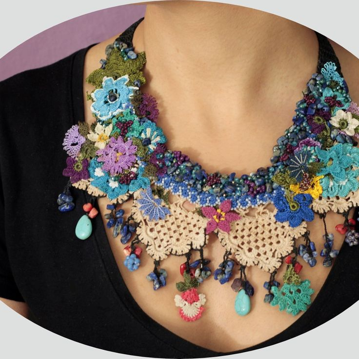 Catch the spring inside you with this beautiful necklace