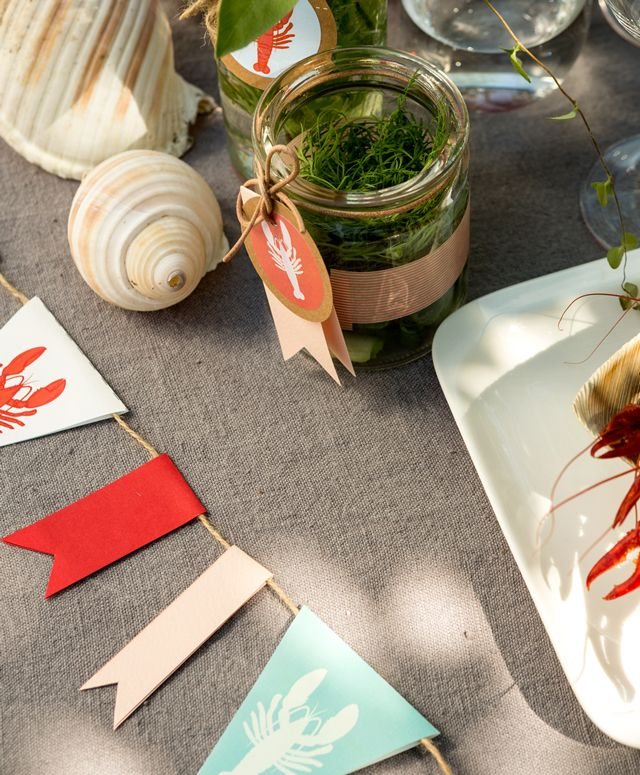 Rapukattaus kahdelle | A stylish crayfish dinner for two.