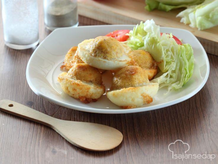 Memasak telur isi kentang keju ini bisa jadi alternatif hidangan sahur yang mudah dan cepat. Isian kentang dan kejunya dijamin mempesona anak-anak Anda.