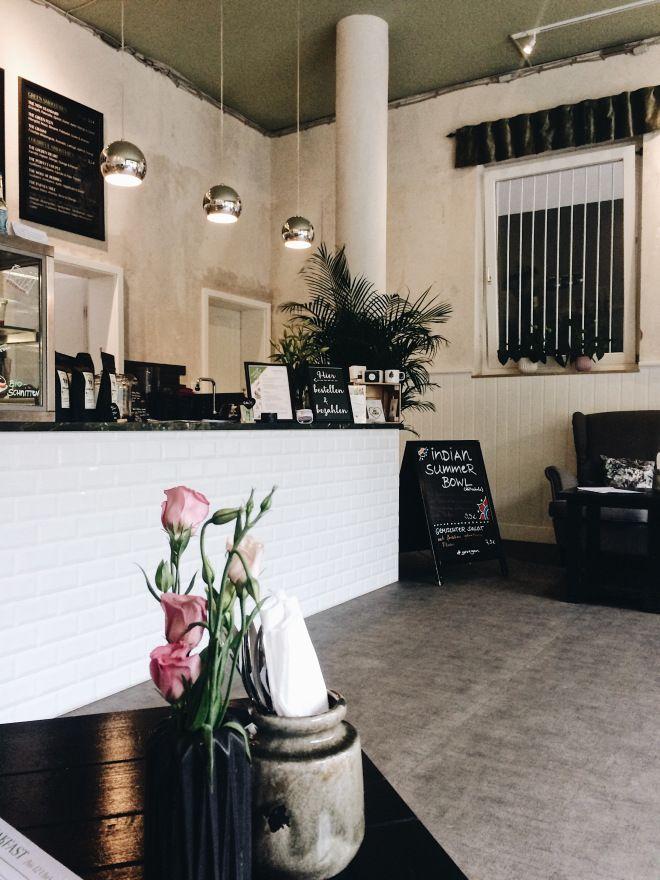 THE GREEN in Nürnberg – Cafe - Restaurant - Vegan - Smoothiebowls - Acaibowls - Nürnberg Foodguide - Travelguide - Cityguide