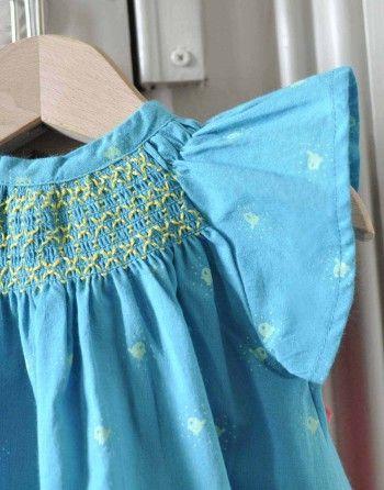 http://www.laqueueduchat.com/6012-3627-thickbox/robe-oiseau-qui-picore-.jpg