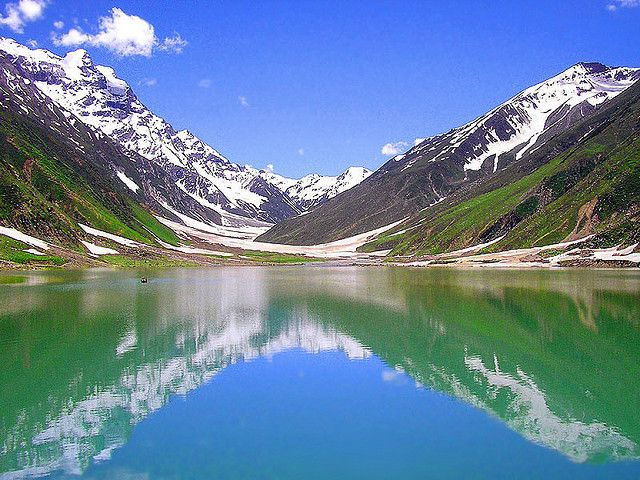 The Guardian positioned Lake Saif ul Malook as the 5th Best Tourist Destination in Pakistan. Lake Saiful Muluk is a beautiful lake in actual fact. The lake is located at the northern end of the Kaghan Valley in close proximity to Naran.