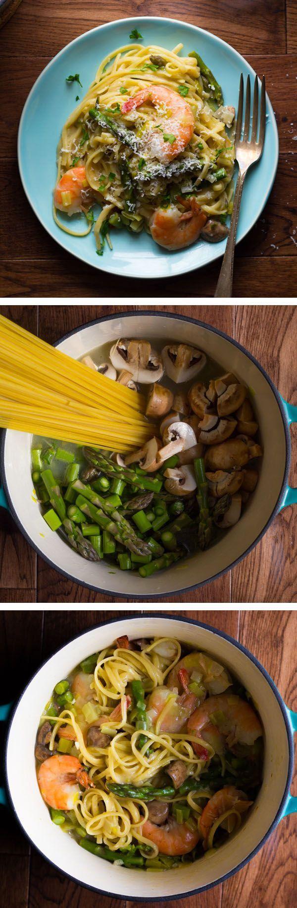 One Pot Shrimp Linguine with Spring Vegetables by sweetpeasandsaffron #Pasta #Shrimp #Veggies