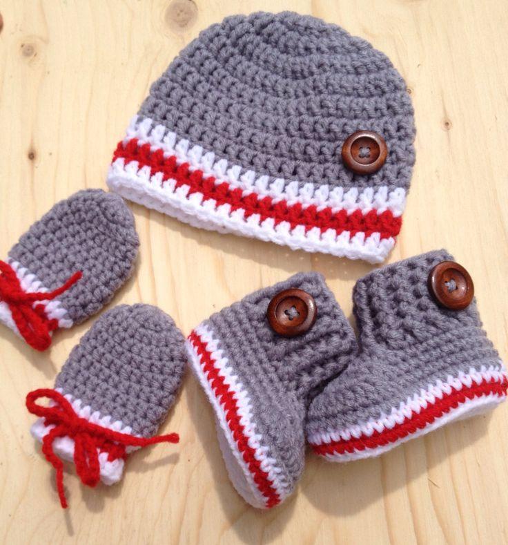 Ensemble pour bébé style bas de laine avec bouton au choix de la boutique CreArtTextiles sur Etsy