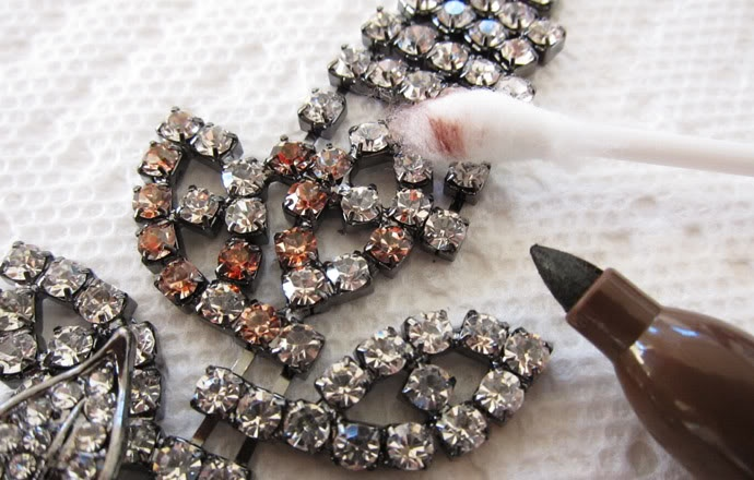 Glam up some cheap necklaces :) ♥ follow more content at pinterest.com/shop4fashion/hottest-of-the-honey-pot