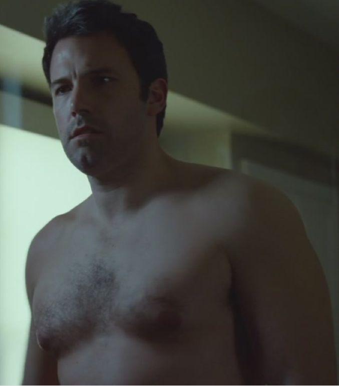 Ben affleck gets naked in gone girl