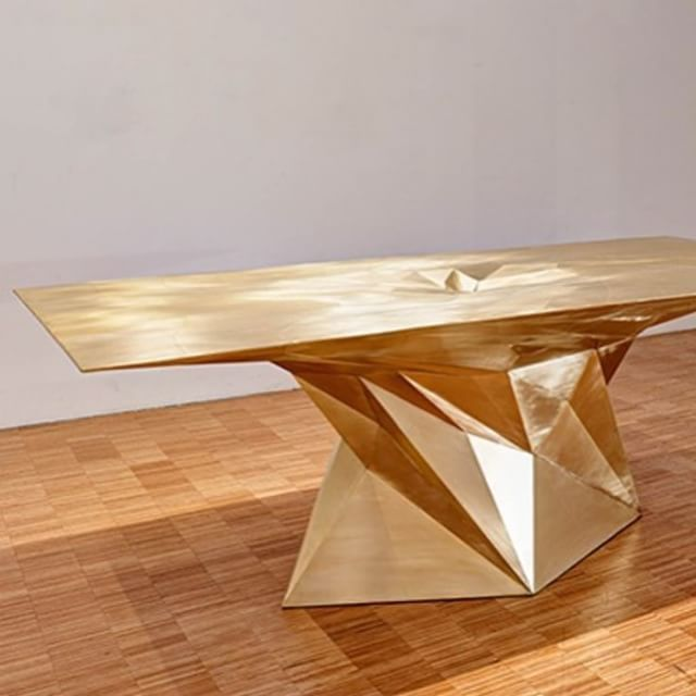 Multifaceted dining. #Inspiration #gold
