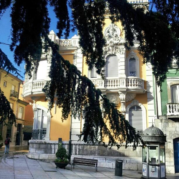 #edificios #houses #town #trees #arboles #aviles #asturias #españa #spain