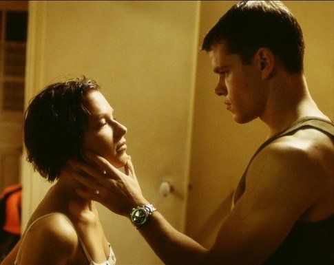 Matt Damon and Jason Bourne - there is just something about that watch in this scene that I desire.