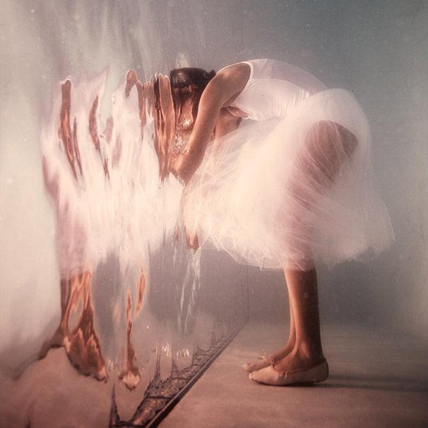 portal elena kalis: Dance Photography, Art Photography, Water Wall, Elenakali, Underwater Photography, Portraits Photography, Underwater Art, Digital Photography, Elena Scales