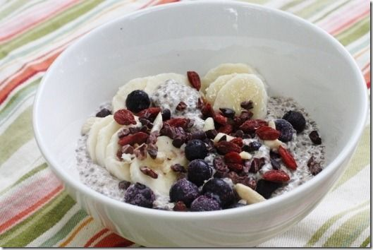 Chia & Quinoa! I'm making this for tomorrow!: Superfood Bowls, Raw Recipes, Seeds Superfood, Chia Seeds, Quinoa Flakes, Overnight Quinoa, Quinoa Pudding, Breakfast Bowls, Quinoa Breakfast