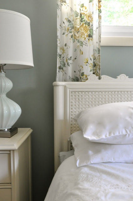 Jennifer Rizzo: Headboard makeover DIY idea with caning