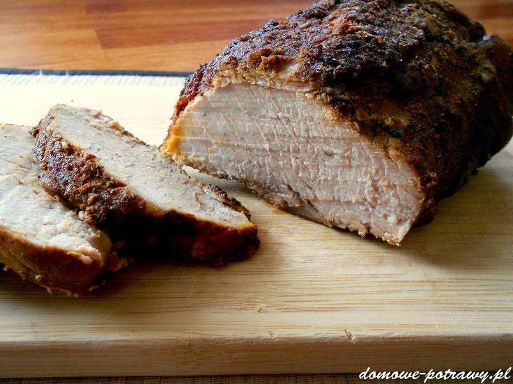 Pyszne pieczone mięso :) Soczyste i mięciutkie w środku, z chrupiącą, przypieczoną skórką. Idealne zarówno na ciepło, na obiad, jak i na zimno jako do
