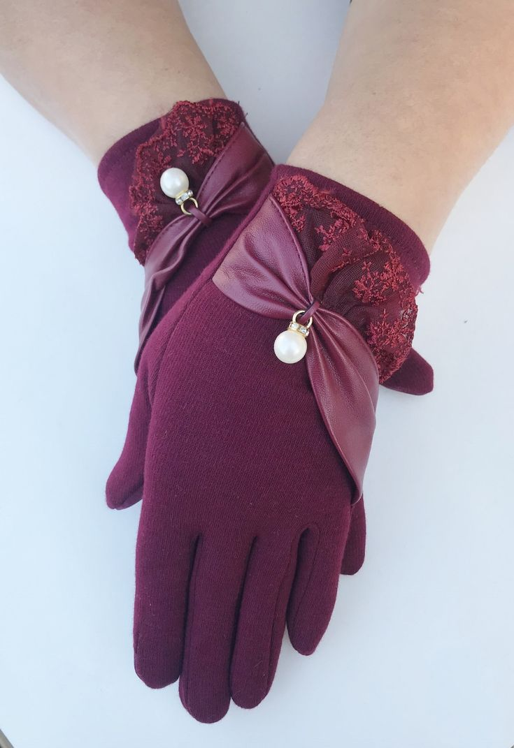 Womens Winter Fashion Burgundy Lace Lacey Touch Screen Outdoor Warm Gloves #gloves #womesngloves #ladiesgloves #eveninggloves #classy #lace #fashion #wintergloves #winterfashion