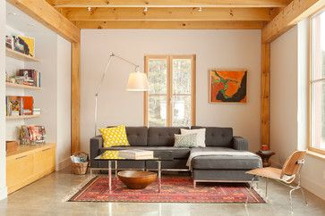 Houzz Tour: See a Maine House With a 240 USD Annual Energy Bill.  Airtight and powered by the sun, this energy-efficient home in a cold-winter climate is an architectural feat.