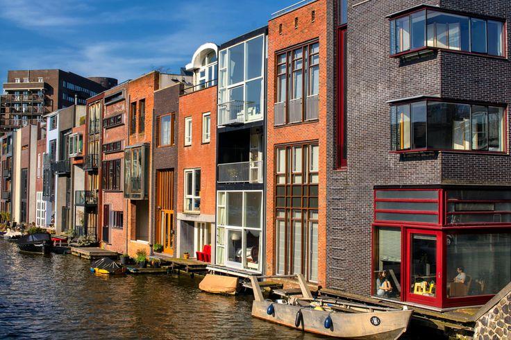 Amsterdam, case progettate ciascuna dal proprio proprietario