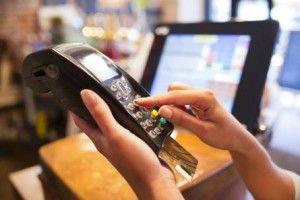 10 grunner til å skaffe seg kredittkort - Har du et kredittkort? Vi har samlet 10 grunner til å skaffe seg et kredittkort. Det er en del fordeler du kanskje ikke har tenkt på?