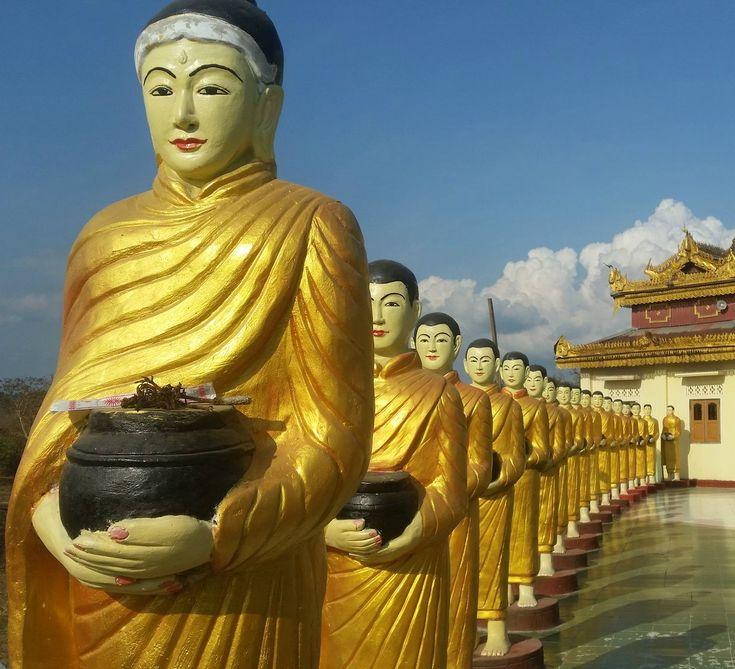 a bunch of Buddhas #buddha #myanmar