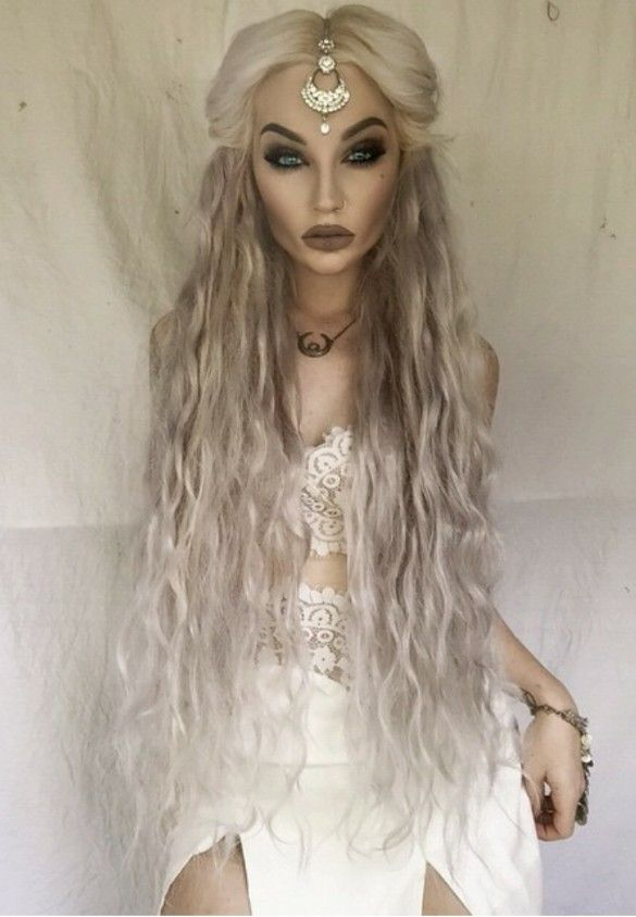 {{Fc.Victoria Campbell}}Hello Lovely's.My name is Victoria,I'm a siren and 23,single.My voice can go so high that your ear drums will bleed,So please make me mad and see what happens.Bye-bye.
