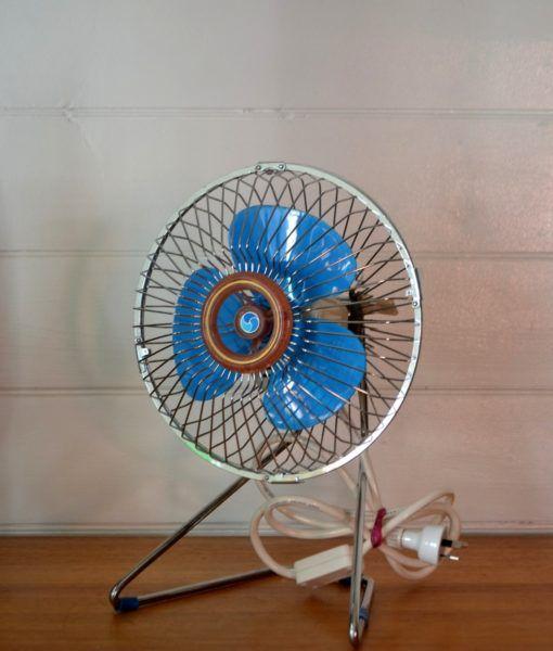 Vintage Airmaster blue desk fan atomic | Fans | Desk fan, Fan, Desk