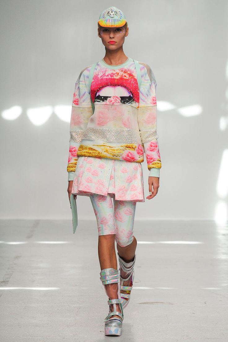 Manish Arora Spring 2015 Ready-to-Wear - Collection - Gallery - Look 1 - Style.com JUST GIVE IT TO ME
