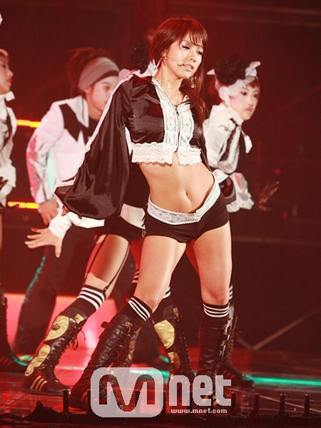 Lee Hyori's outfit on stage performing Get Ya in 2007.