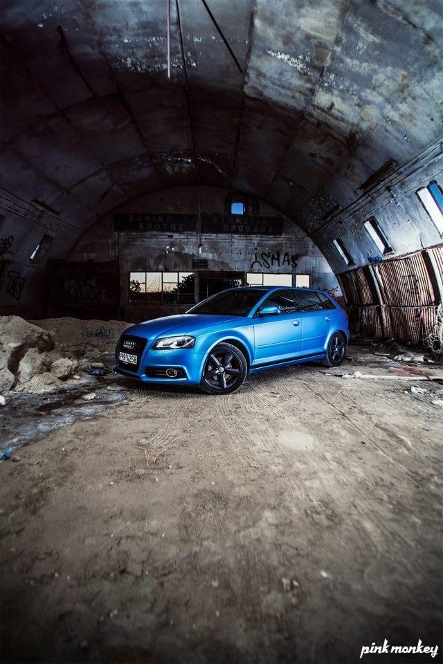 Audi A3 Sportback//Anodized Blue Matte
