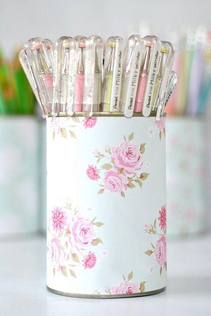 pretty pen pot