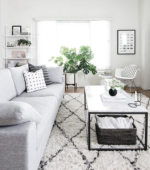 Conquer your coffee table in style—with 3 easy tips from @homeyohmy!  Check them out with the link in bio. #monochromemoment #mywestelm