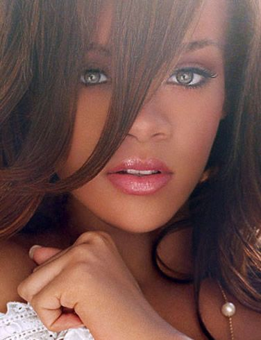 My damn girl crush!!! Who cares how you haters feel, pour it up pour it up, all I see it signs all I all I see is signs