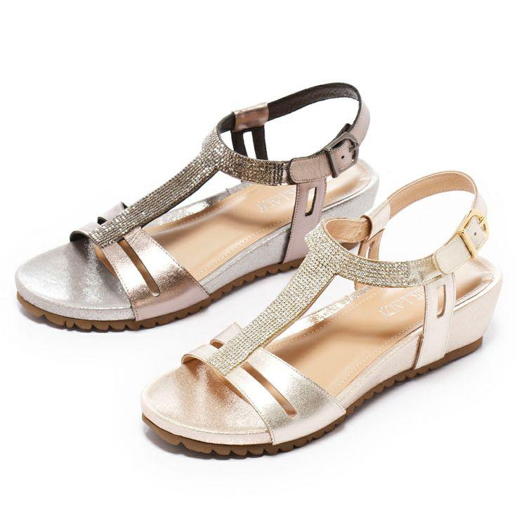 0-2380 Fair Lady 閃亮T字型繞帶楔型涼鞋 錫 - Yahoo!奇摩購物中心