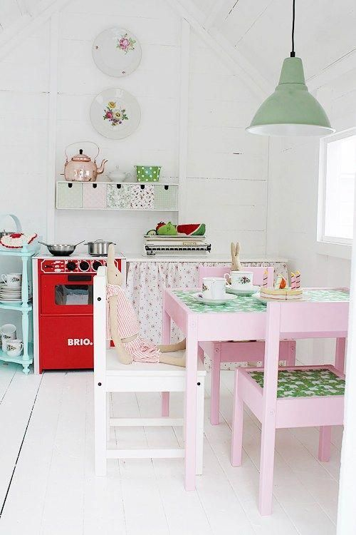 inside a DIY painted play shed for girls Do you need some childrens