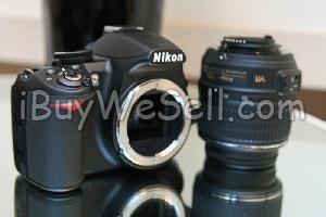 Nikon D3100, Nikon D3100 samt en Nikkor 18-135mm F/3.5-5.6 objektiv säljes. Kameran är inköpt i Censoredet av januari i år mao den är 10 månader gammal. Självklart medföljer allting som följde med kameran vid köpet dvs, lådan, kvitton och alla tillbehör. Ingår också ett par timmar kurs i fotografi (i Nikons regi) samt Clean kort som ger dig rätt att ha kameran rensat och kollat gratis av Nikon 2 gånger (annars kostar det pengar att rengöra en DSLR).