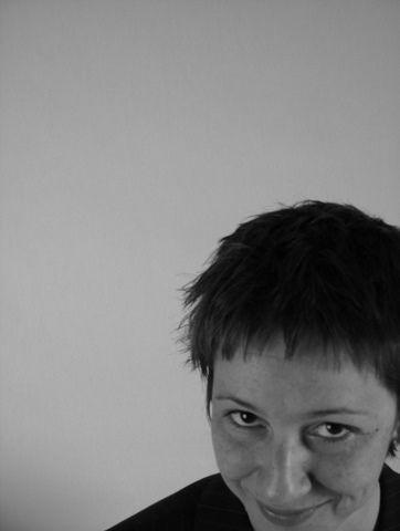 Hablando de #gramática cognitiva y pedagógica Entrevista a Sonia Montero, profesora e investigadora en la Universidad de Columbia, EEUU Sonia Montero es lectora de español en la Columbia Universit...