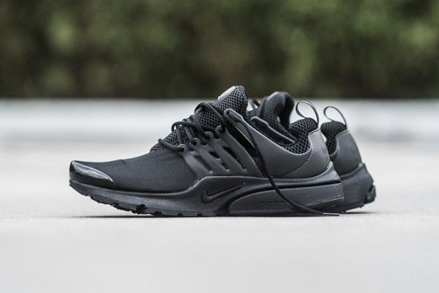 NIKE-AIR-PRESTO-(TRIPLE-BLACK)4