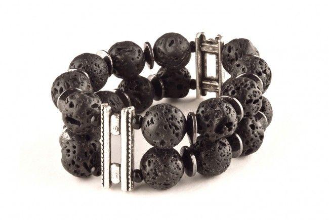 Bransoletka - lawa wulkaniczna i hematyt - black lava stone 2 rows stretch bracelet http://corallia.pl/bransoletki/bransoletka-lawa-wulkaniczna-i-hematyt.html#.VNoI4C7Hg2g