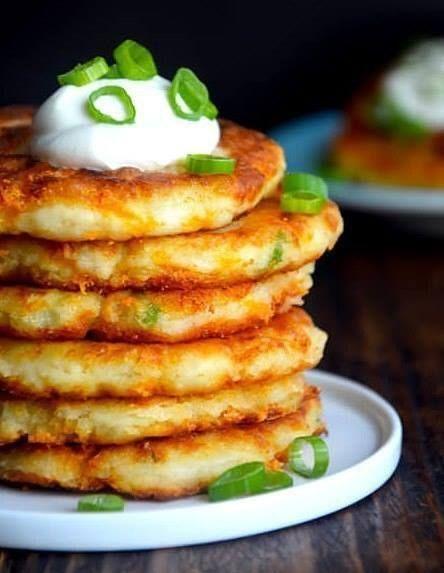 Оладьи из картофельного пюре рецепт. Отличный рецепт приготовления оладьев из картофельного пюре, зелени и сыра Чеддер!!!